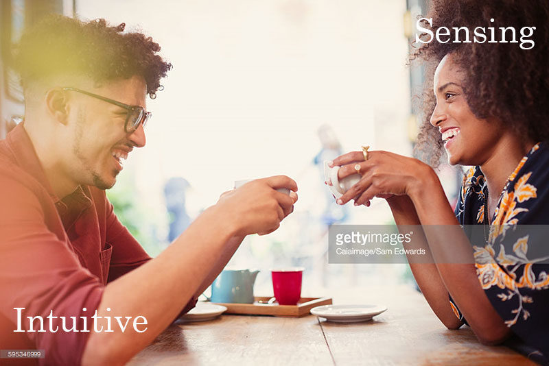 Man and a woman having tea. Sam Edwards via gettyimages.com, Alwaysuttori.com