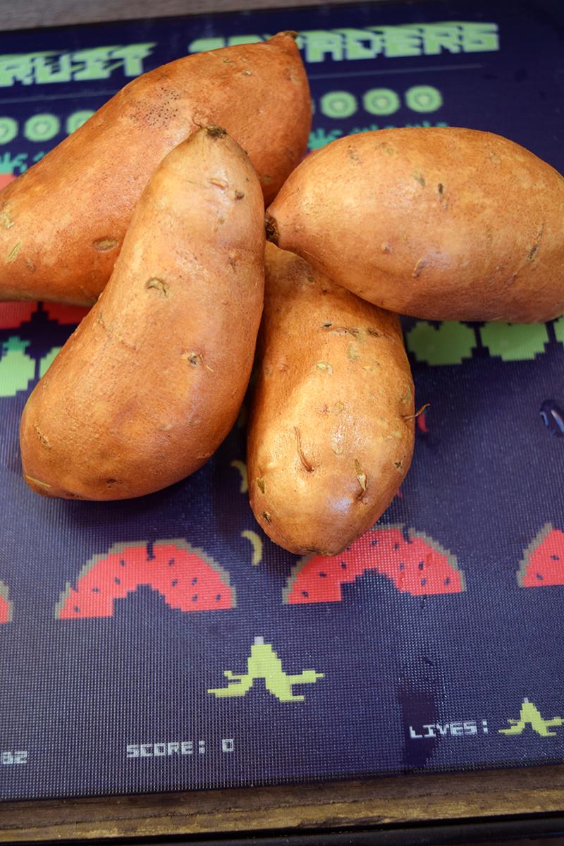 Introvert Eats - Sweet Potato Nachos. Photo Credit: I'mari Avey. Alwaysuttori.com