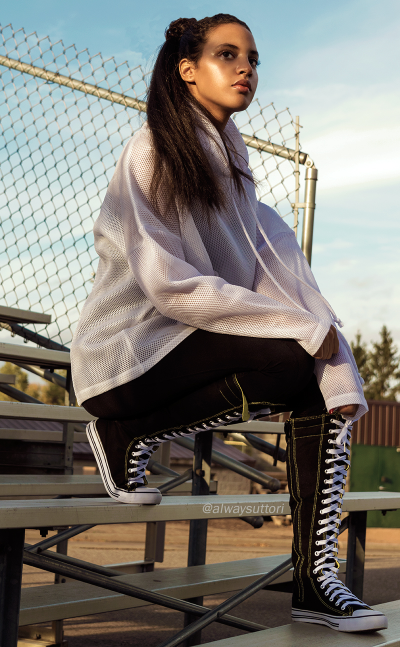 Introvert Life - Workout Style, Look One. INTJ Fashion Blogger I'mari Avey. Photo Credit: Mechelle Avey. Published in Introvert Life 2017 Fitness Looks.