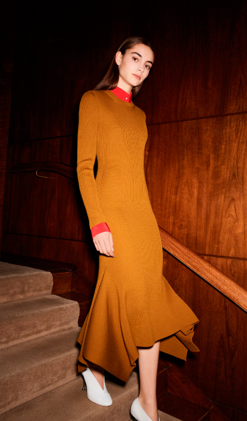 Photo Credit: Victoria Beckham via Vogue. INTJ Fashion Trend Report for 2017. Alwaysuttori.com