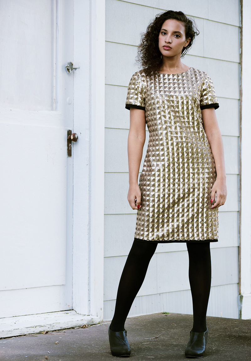 Goldfinger Christmas, photo 4. Photo Credit: Mechelle Avey. Introvert Life - Christmas Fashion Look 4. Alwaysuttori.com