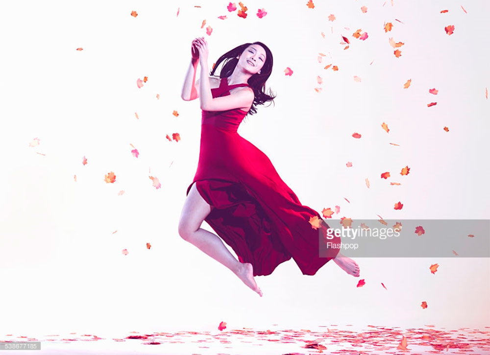 Woman Jumping Amongst Leaves. Photo Credit: Flashpop. Always Uttori: An INTJ Guide to the Hottest Guys on Instagram, 2. Alwaysuttori.com
