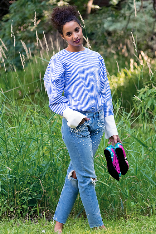 Pearl Jeans, Summer 2017 Fashion Trend, L4, P2. Photo Credit: Mechelle Avey. Fresh White and Blue Summer Style. Alwaysuttori.com