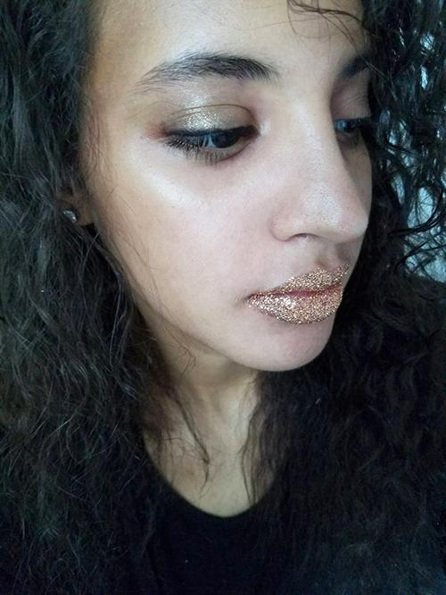 All That Glitters 2. Photo Credit: Always Uttori. Mari Tries: Lazy INTJ Girl's guide to Halloween Makeup. A;waysuttori.com