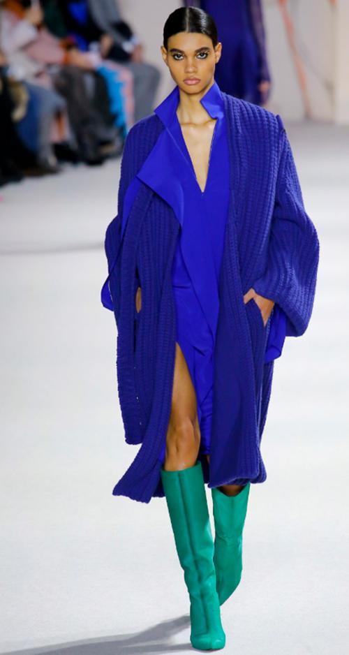 Akris Fall 2018. Photo Credit: Luca Tombolini via Vogue.com. Fall Fashion Guide for INTJ Fashionistas. Alwaysuttori.com