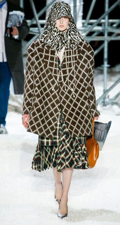 Calvin Klein Fall 2018. Photo Credit: Marcus Tondo via Vogue.com. via Vogue.com. Fall Fashion Guide for INTJ Fashionistas. Alwaysuttori.com.