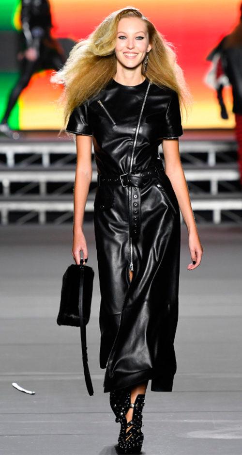 Sonia Rykiel Fall 2018. Photo Credit: Yannis Vlamos via Vogue.com. Fall Fashion Guide for INTJ Fashionistas